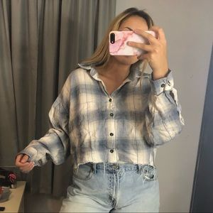 Tops - Cropped Vintage Flannel
